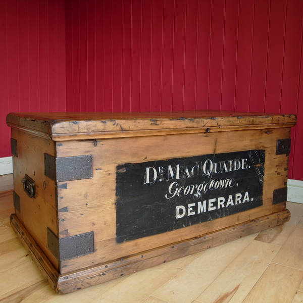 Antique Victorian Chest Coffee Table Storage Trunk