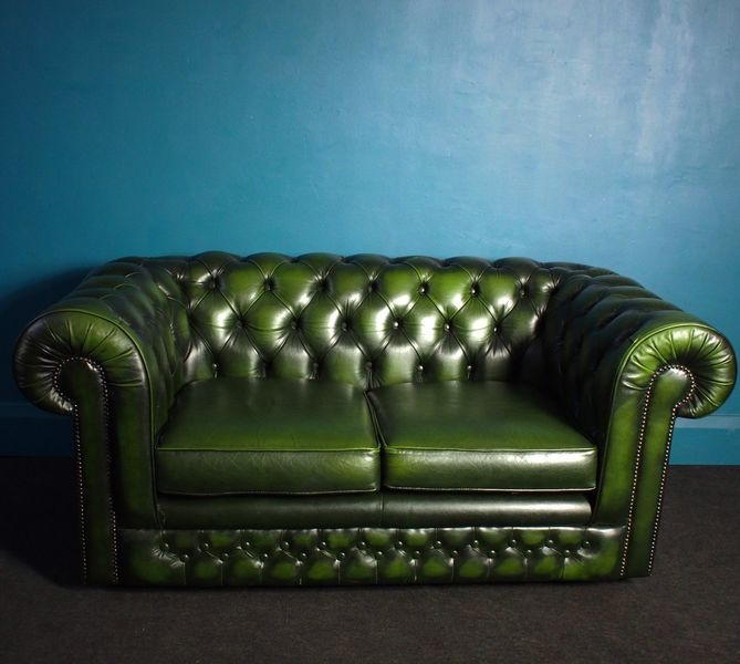 Superb Thomas Lloyd Antique Green Chesterfield Club Sofa
