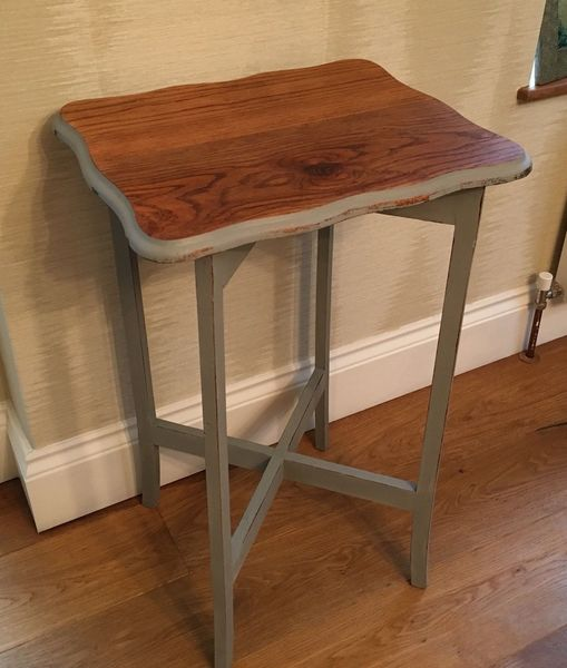Vintage Shabby Chic Side Table.