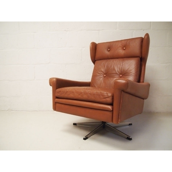 Skipper Mobler Swivel Armchair photo 1