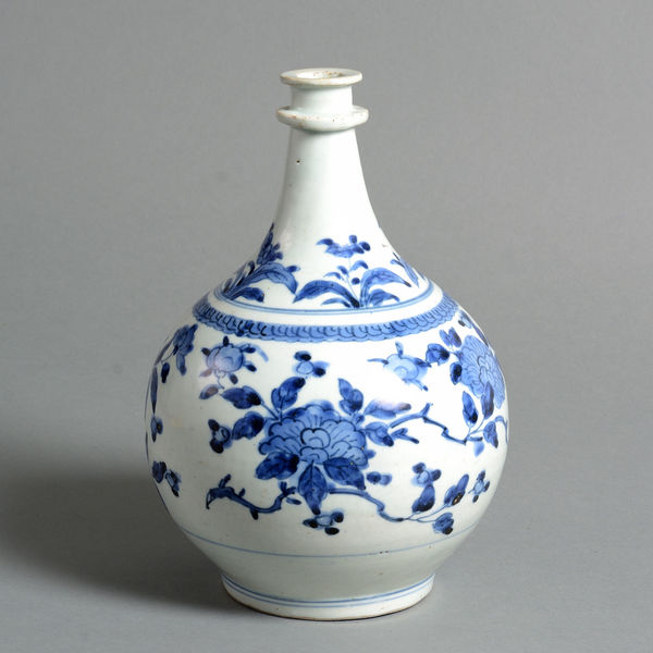 An Early 17th Century Porcelain Apothecary's Jar