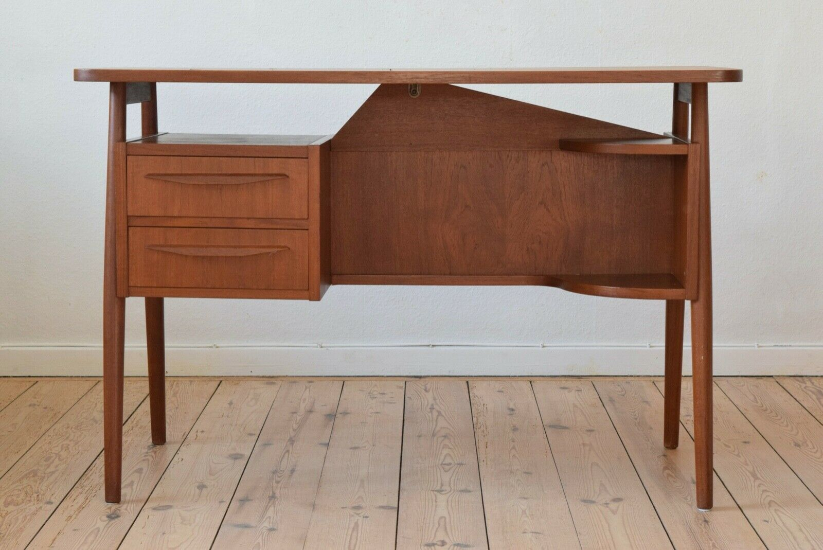 danish teak floating desk by gunner nielsen for tibergaard 1960s gunner nielsen