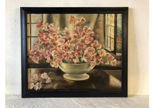 Beautiful Vintage Framed Floral Oil Painting Signed & Dated 1955