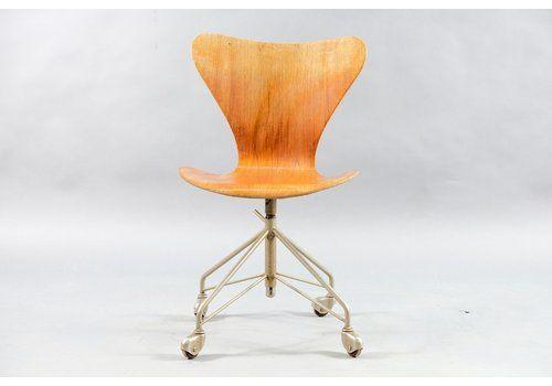 Vintage Teak Office Chair By Arne Jacobsen For Fritz Hansen, 1960s