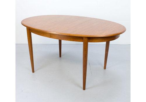 Danish Teak Oval Extending Dining Table By Gudme Möbelfabriken, 1960s
