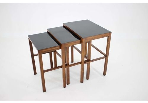 1930s Set Of Three Bauhaus Nesting Tables H 50 By Jindrich Halabala