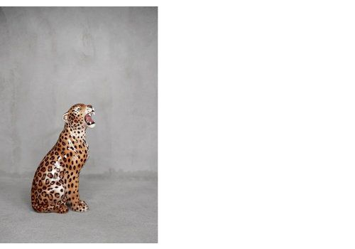 Mid Century Modern Italian Ceramic Sculpture Of A Seating Leopard, 1970s