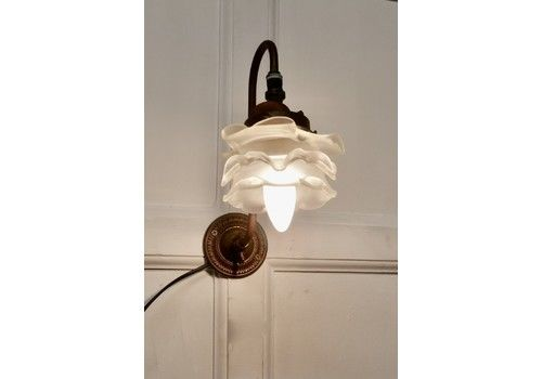 Victorian Wall Light With Flower Shade