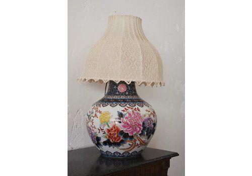 Lampada Da Tavolo A Forma Di Vaso Con Paralume Ricamato A Mano, Cina, Anni '50