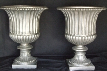 Late 19th Century Polished Steel Urns photo 1