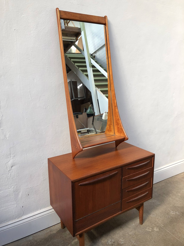 1960s Danish Teak Mirror By Pedersen And Hansen Mid Century Retro Vinterior