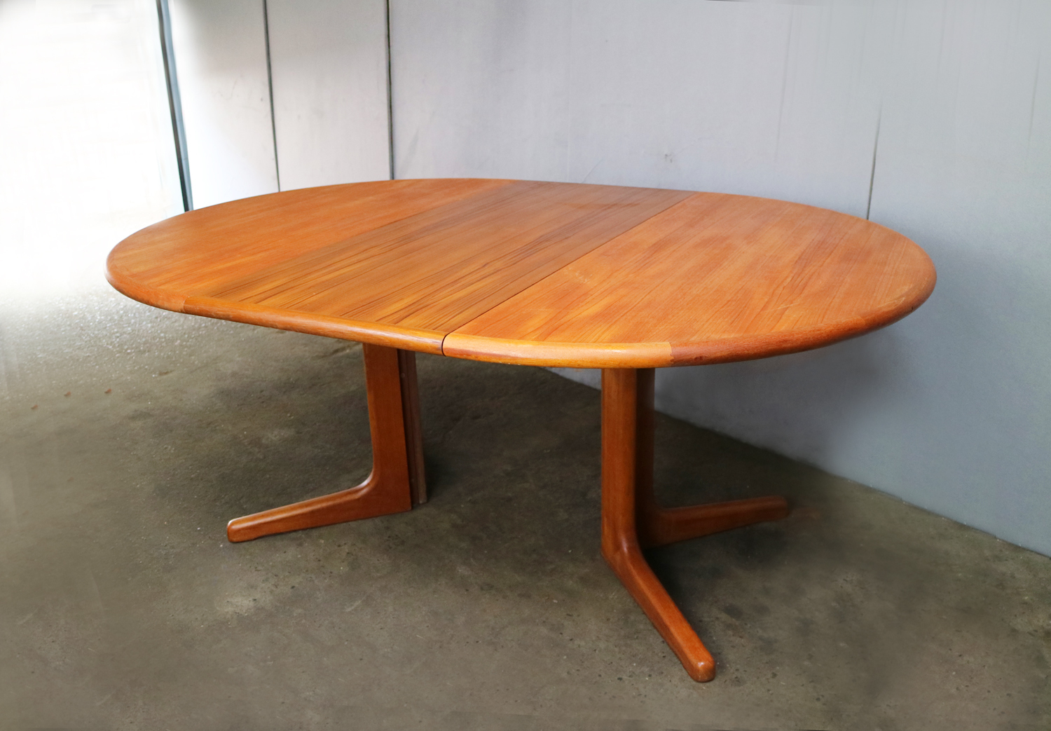 best service b860a d9f3a 1970's Danish Extending Dining Table By Skovby