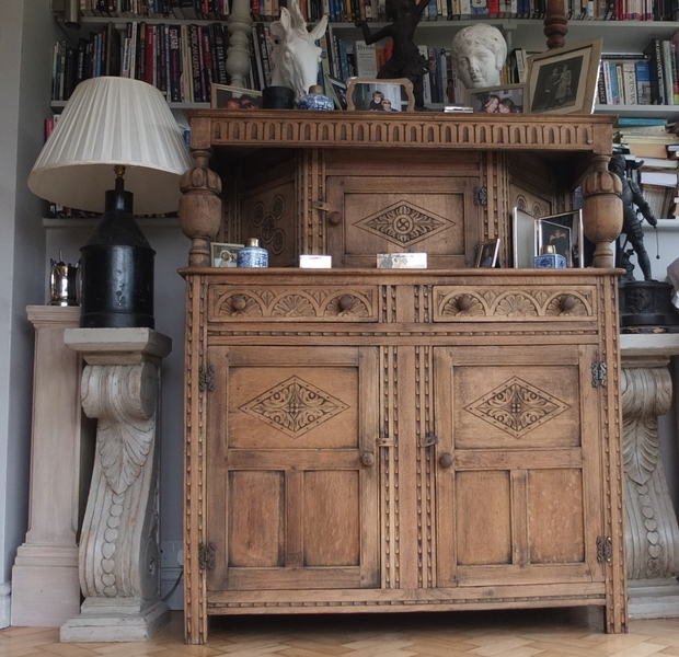 Antique Edwardian Solid Oak Dresser Cupboard Sideboard Cabinet Made By Merry Weather And Son