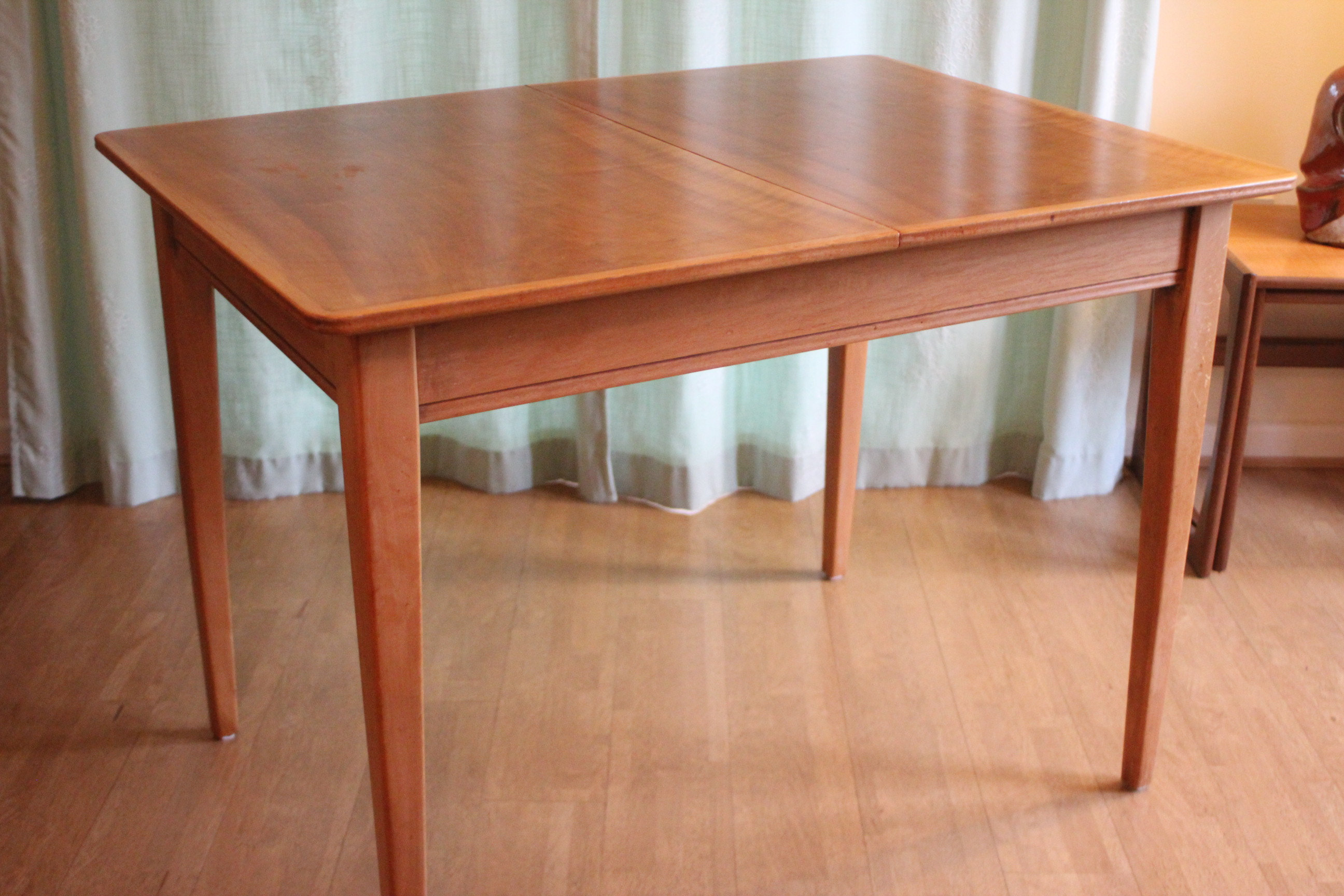 Gordon Russell Of Broadway Extending Table African Rosewood Ash
