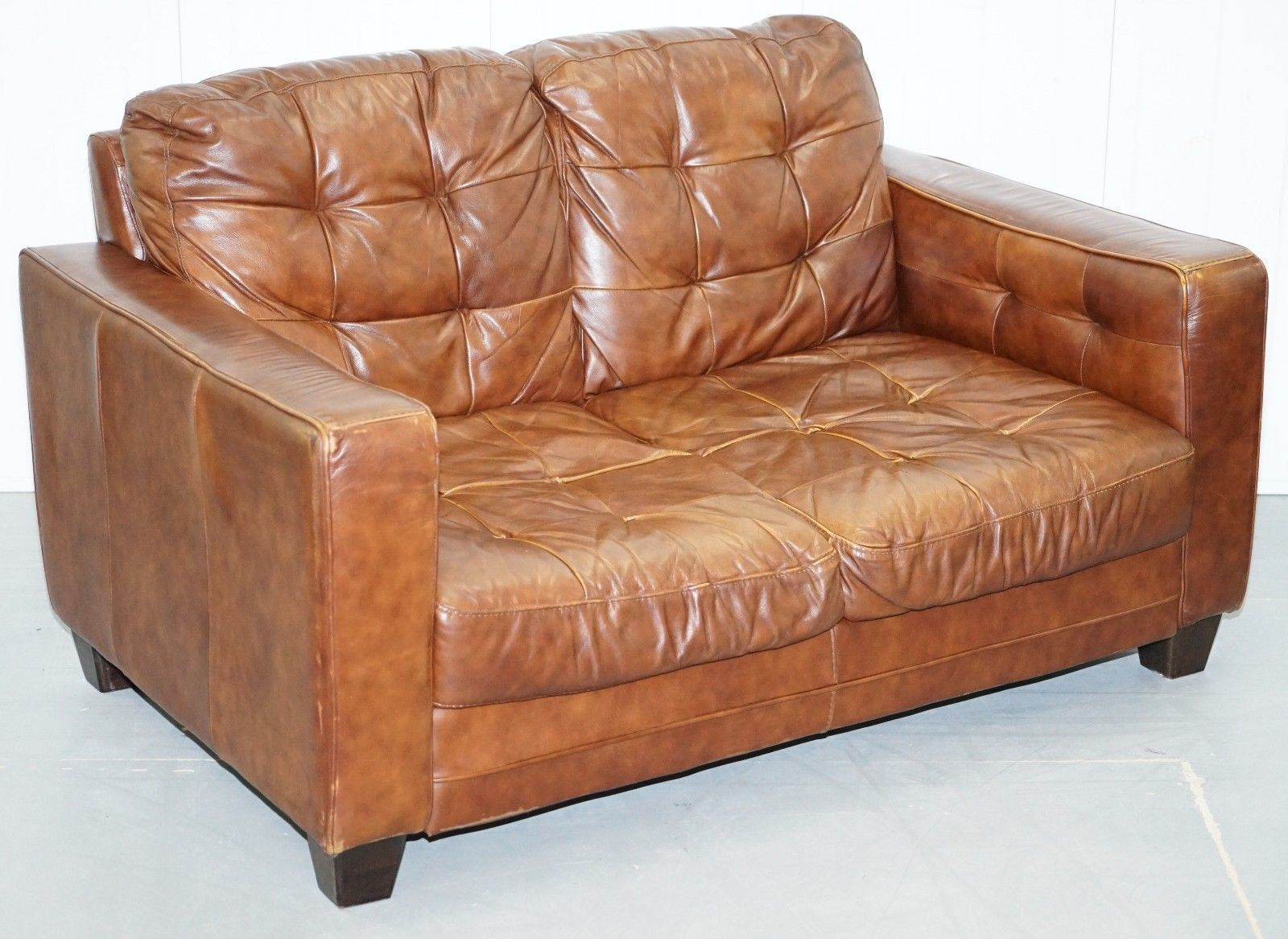 Excellent Vintage Knoll Style Aged Brown Leather Sofa Chesterfield Style Buttoning 2 Seat Short Links Chair Design For Home Short Linksinfo