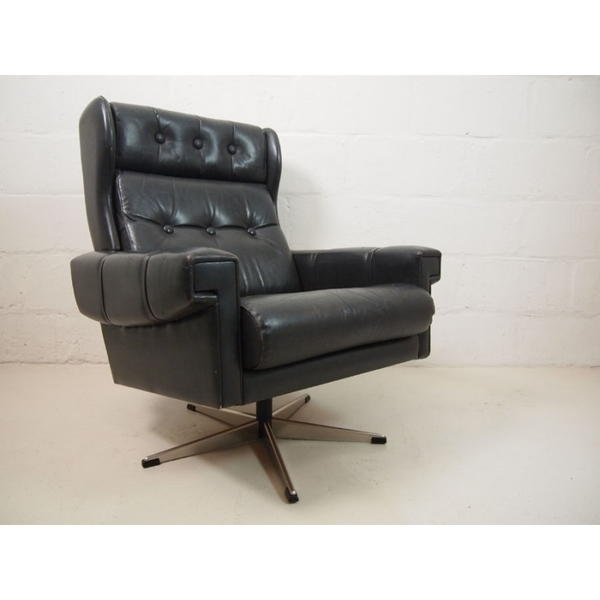 Black Leather Danish Swivel Lounge Chair