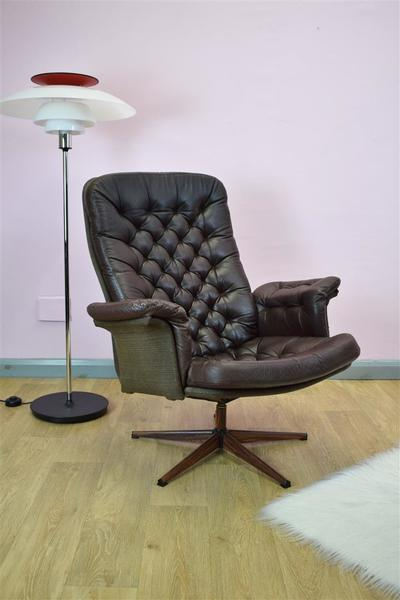 Mid Century Retro Vintage Danish Brown Leather Swivel Lounge Arm Chair 1970s