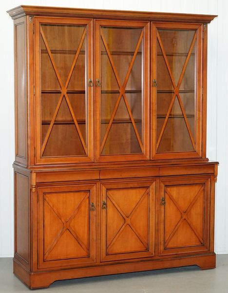 Cherry Wood Large Welsh Dresser Display Cabinet Cupboard Bookcase Lots Storage