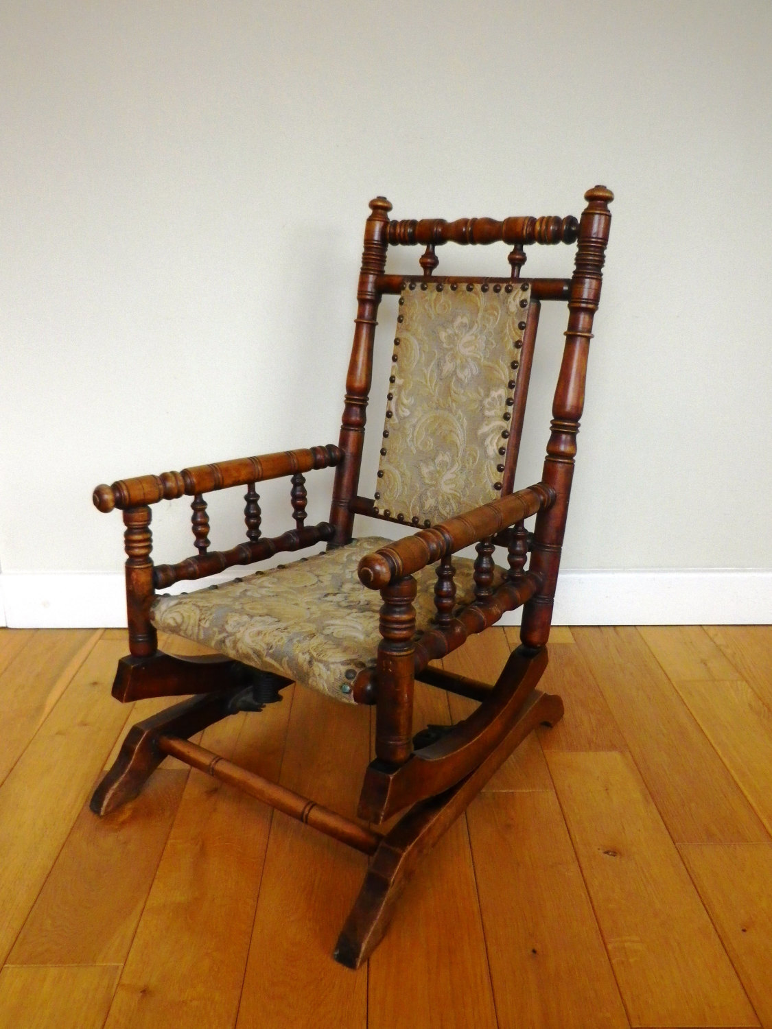 Miraculous Antique Rocking Chair Late 19Th Century Oak And Beech Childs American Rocking Chair Victorian Rocking Chair Beatyapartments Chair Design Images Beatyapartmentscom